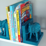Plastic_Elephant_Book_Ends_8